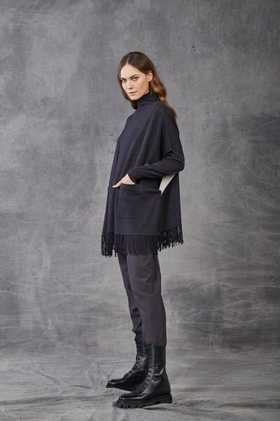KANGRA WOMAN - W2_A_3965_97 - fringed double cape with pockets - 002