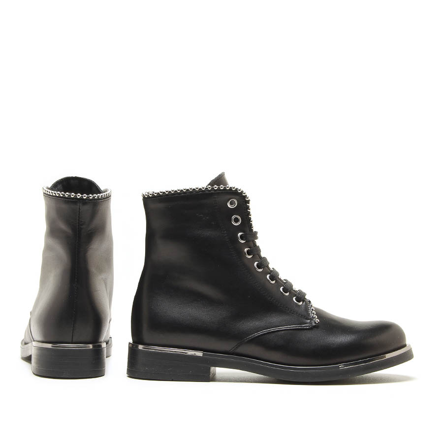 MICHELE LOPRIORE - 6792 - Nappa leather combat boots with studs profile - 002