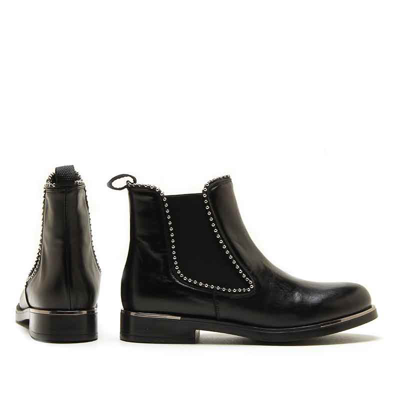 MICHELE LOPRIORE - 6941 - Nappa leather studded chelsea boots - 002