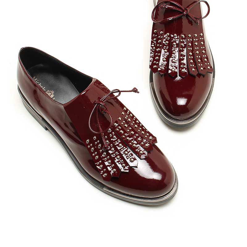 MICHELE LOPRIORE - 7050 - Patent leather lace-up shoes with studded fringe - 002