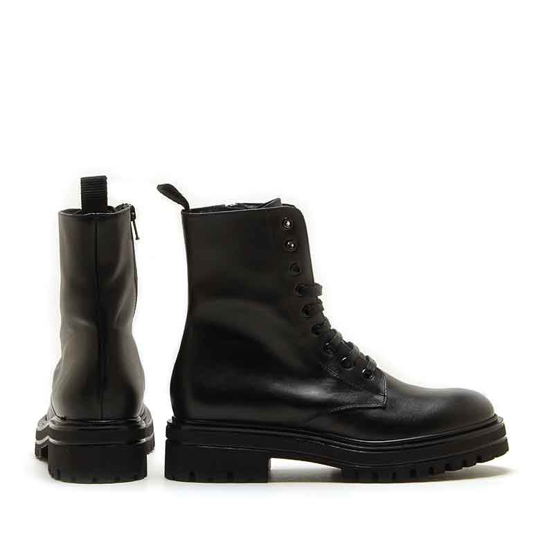 MICHELE LOPRIORE - 7097 - Leather combat boots with studs - 002
