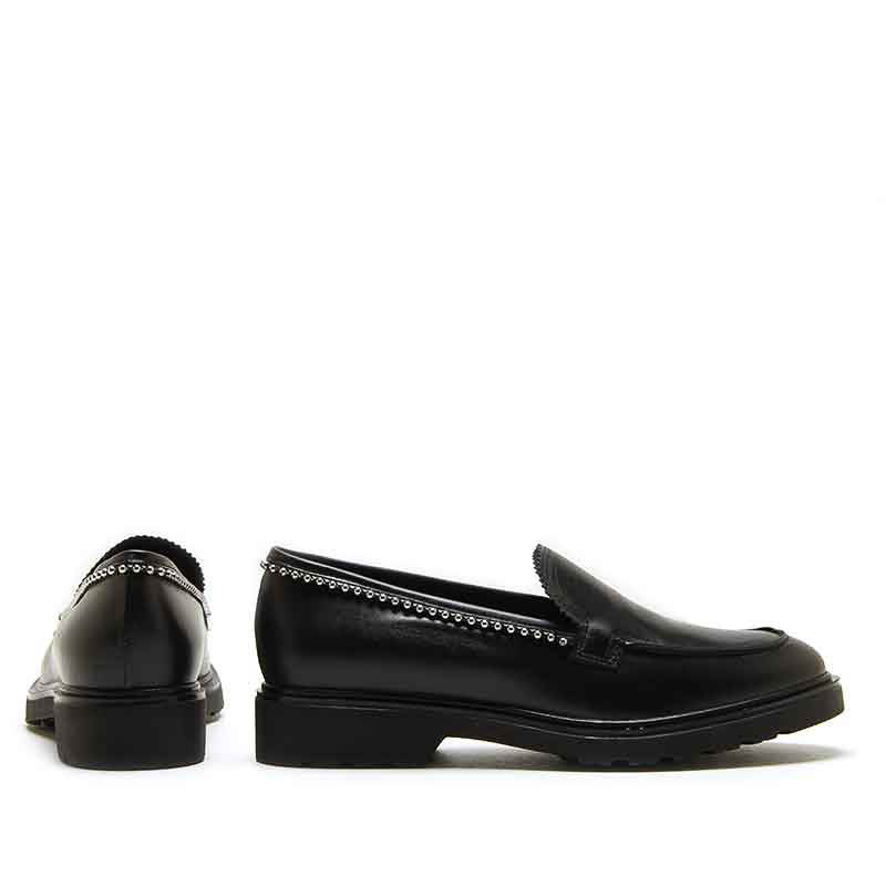 MICHELE LOPRIORE - 7110 - Nappa leather loafer with studs - 002