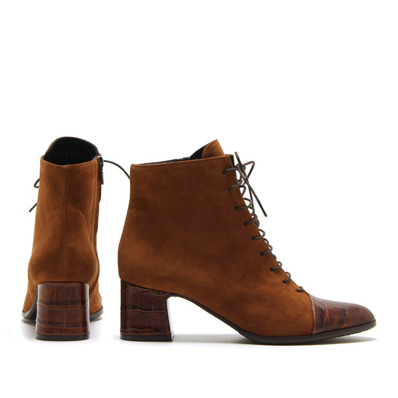 MICHELE LOPRIORE - A46013 - Suede lace-up ankle boots - 002